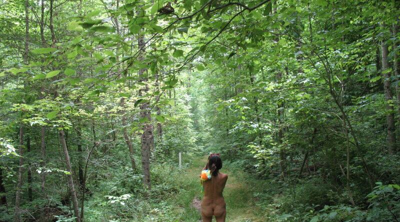 Nude Across America Pt.8: Ohio Hike